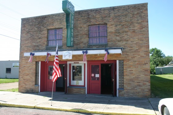 The Lyric Theatre in Faulkton, S.D. Photo by Faulk County Record