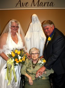 Bette Doehler, center, attended the wedding of her son, John Doehler, right, and Carol Davis. Photo from the LaMoure Chronicle