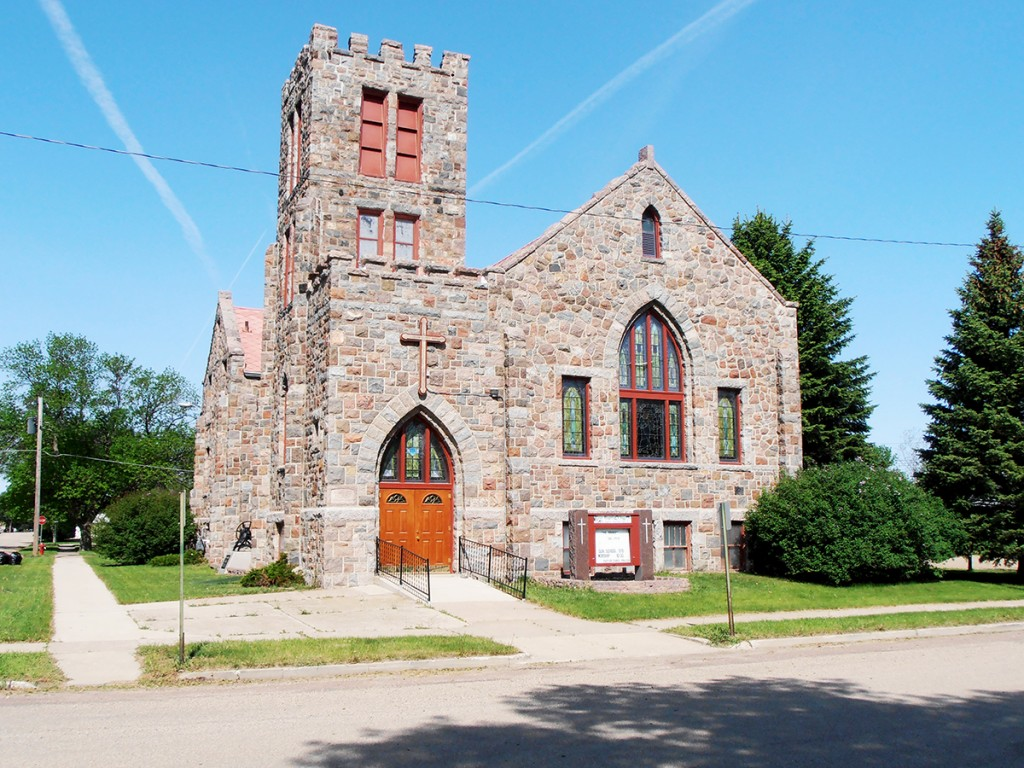 A church history states that the Gothic-style First Baptist Church in Ipswich went up after charter member Leota Beebe offered to page two-thirds of the $25,000 cost of a new building. The membership then pledged $11,000, plus the men of the church did much of the labor. The church was dedicated in 1926.