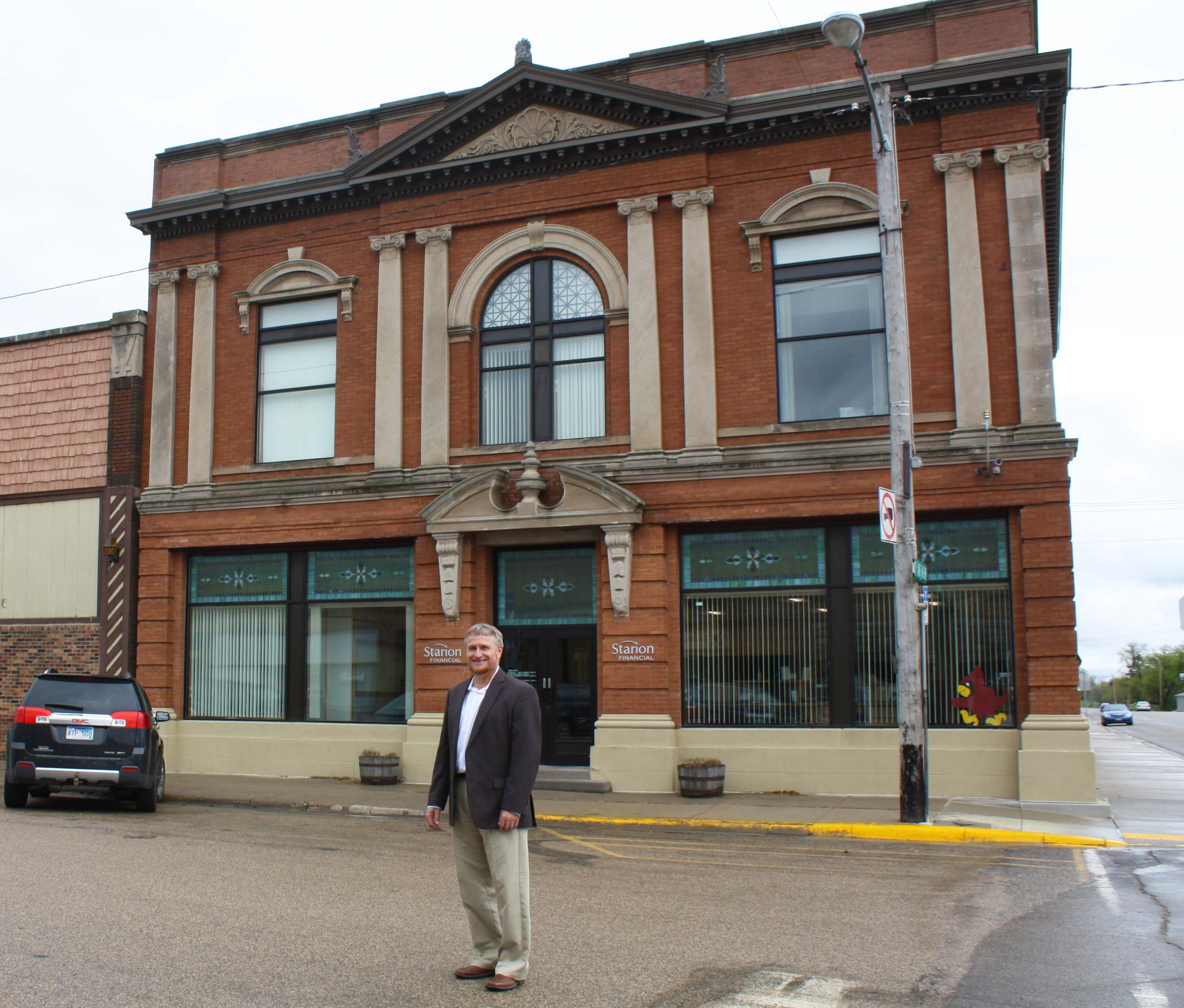 Aaron Tschosik of Starion Financial said Ellendale is an easy place to start a business.