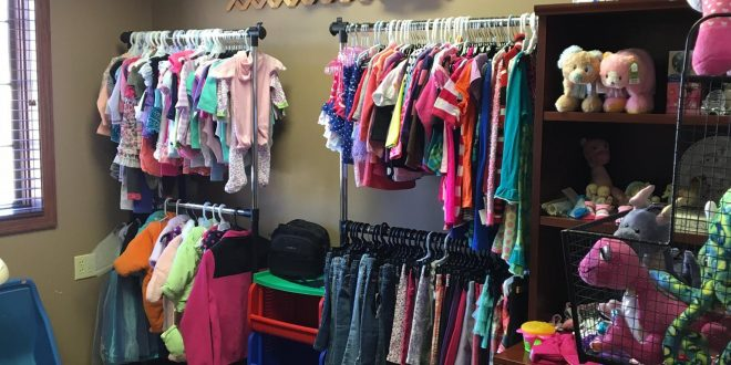6 Tips to Master Consignment & Thrift Shopping