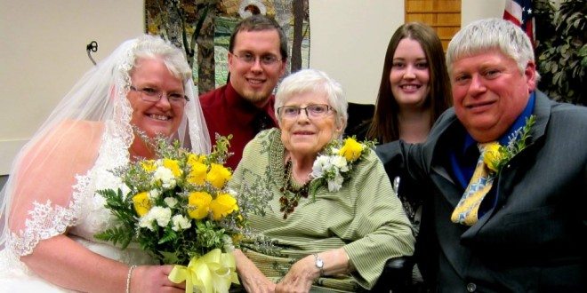 LaMoure couple takes wedding to nursing home so mother of the groom could be there