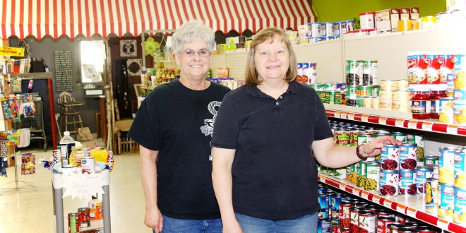 Lake Grocery Takes a Step Up Under Community Group