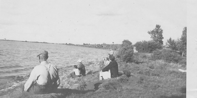 POSTCARD: Lake Tewaukon was the place to go